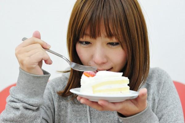 「またドカ食い?」食べる以外の女性ストレス発散解消方法はコレっ!