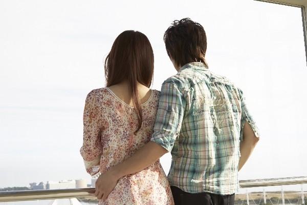 「本気?」or「遊び?」【口説いてくる男性の本心を見抜く方法】