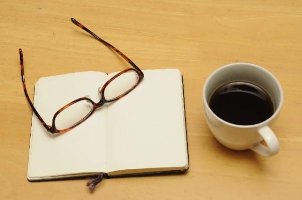 眼鏡女子が職場で人気!【働く女性のメガネ演出方法】(6)