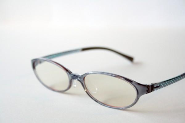 眼鏡女子が職場で人気!【働く女性のメガネ演出方法】(3)