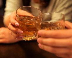 働く女性必見!職場、会社の飲み会、歓送迎会のマナーや挨拶