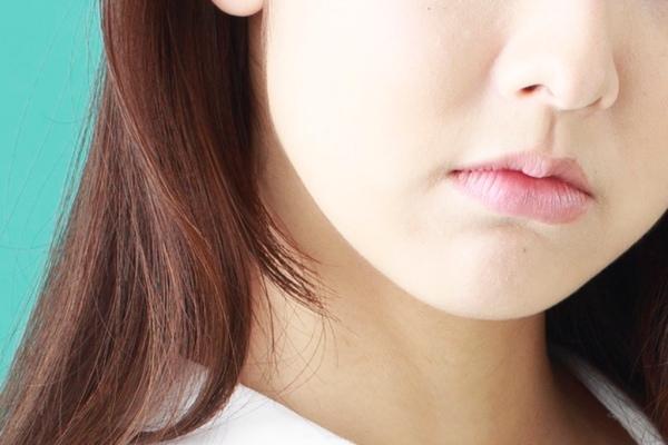 【さげまん特徴の顔】口角の下がった女性はさげまん?性格は…