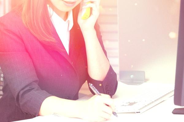 職場で男ウケする感じのいい女の特徴・言動10選。