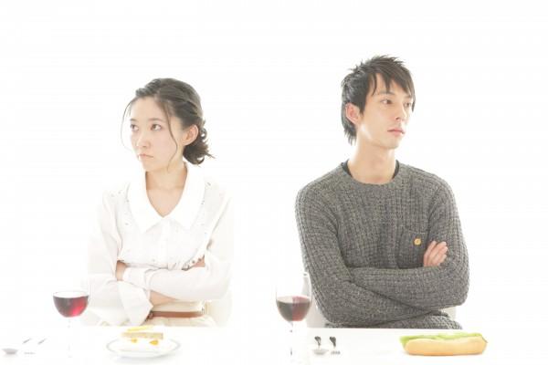 恋人夫婦『男の愛情が冷める時と原因』別れの前兆を見逃すな!5
