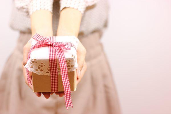 学生向け「本命チョコ渡し方タイミング・場所」バレンタインデー・本命チョコの渡し方、渡すタイミング