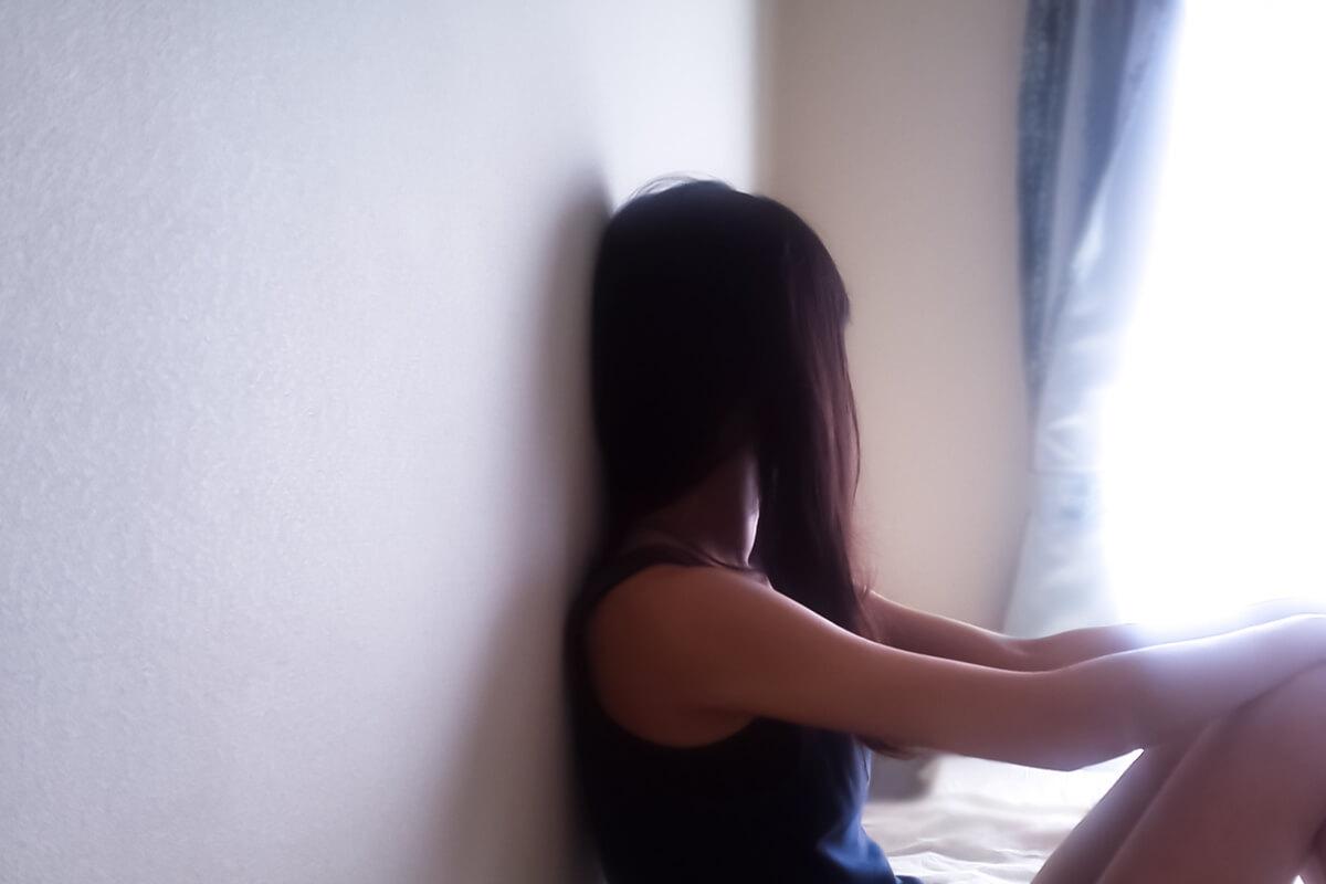 一人暮らしで孤独を感じる人と感じない人